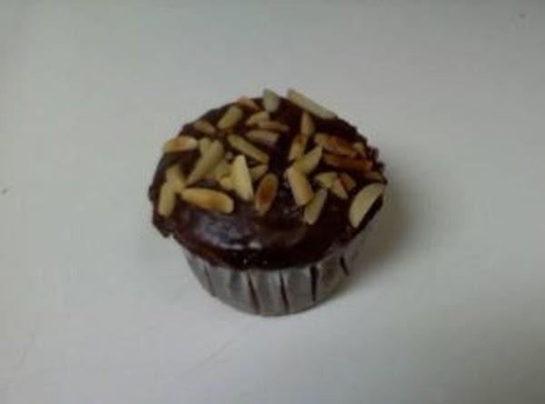 Super Moist Vegan Chocolate Cupcakes Recipe