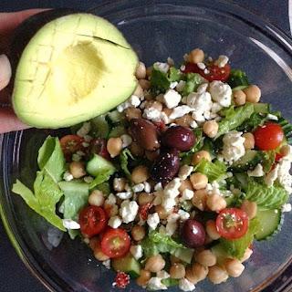 {Meals for One} Mediterranean Salad Recipe