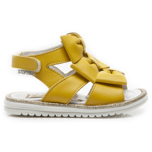 Primary image of Step2wo Triplo - Bow Sandal