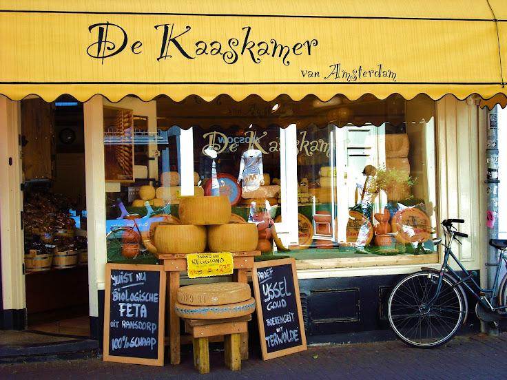 De Kaaskamer cheese shop facade.  Photo: Cheese 'n Crackers Collective.