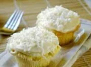 Coconut Cup Cakes with Coconut Cream Cheese