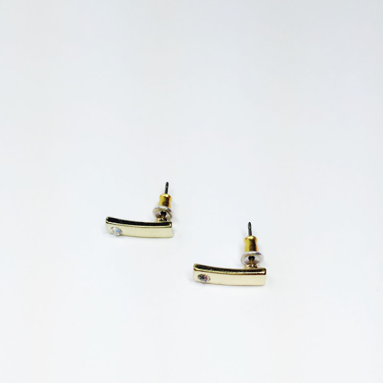 E051 - G. Lobe Marvel Earrings