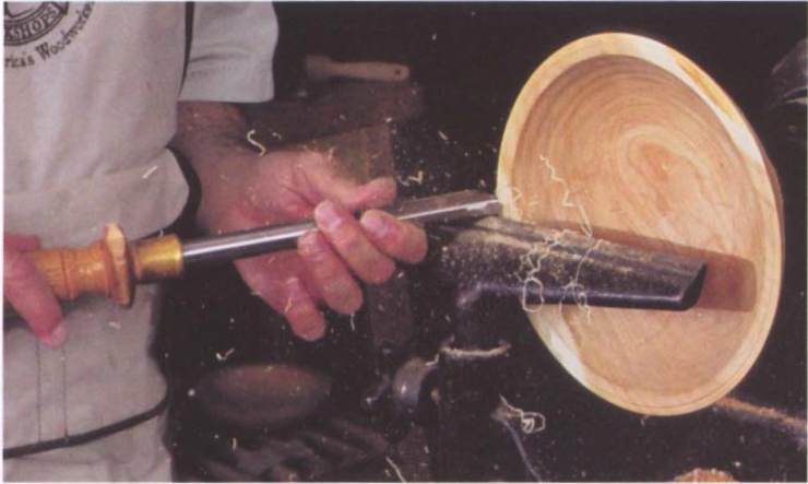 """Once the tool starts cutting, twist the tool slightly right or left until you find the """"sweet spot."""""""