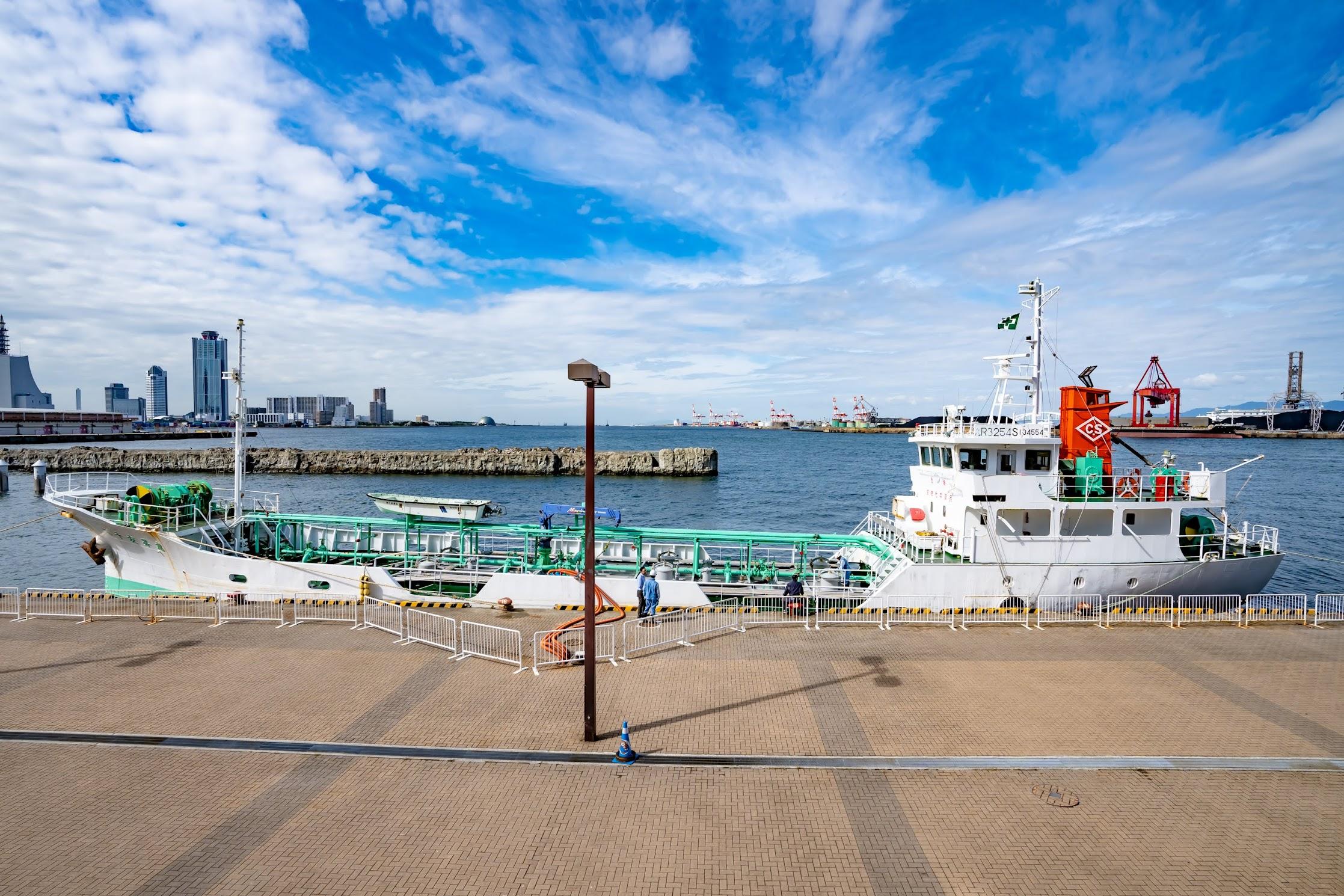 Osaka Port1