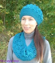 Photo: женский вязаный комплект шапка и шарф Изумруд