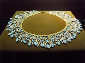 Photo: Parthian necklace in gold and turquoise, 2nd century BC-3rd century AD