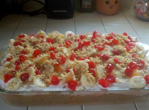 La Vonne's Banana Split Pudding Cake Recipe