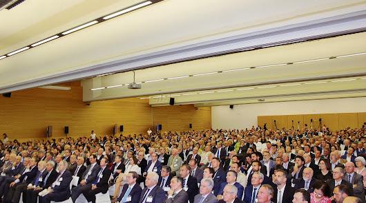 800 voces de Almería para pedir que llegue pronto el AVE