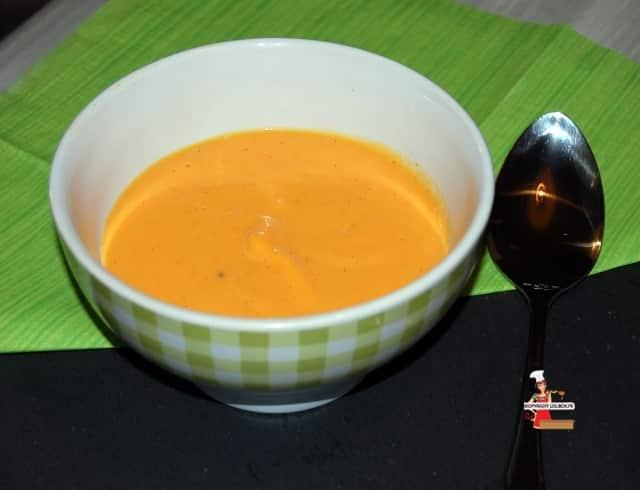 Vanilla Infused Creamy Butternut Squash Soup Recipe
