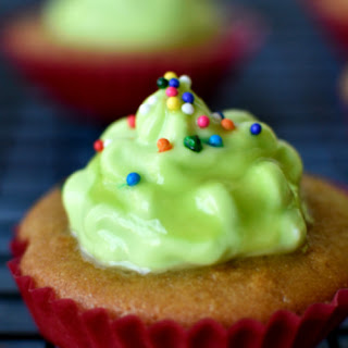 Christmas Cup Cakes(Healthy Version)
