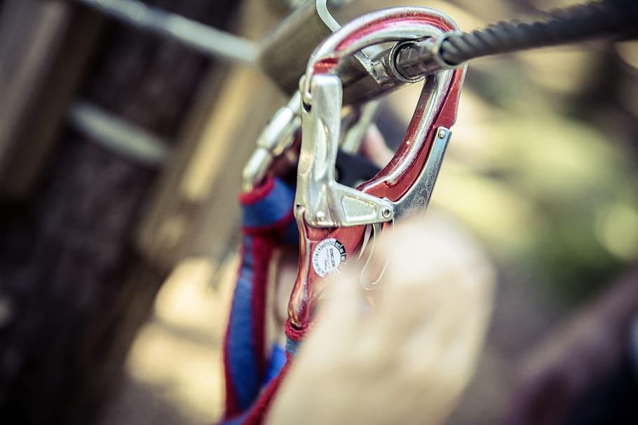 An Assisted Breaking Belay Device