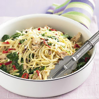 Spaghetti with Tuna and Spinach.