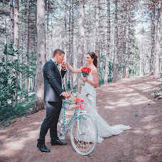Wedding photographer Valentin Zhukov (Jukov). Photo of 06.04.2015