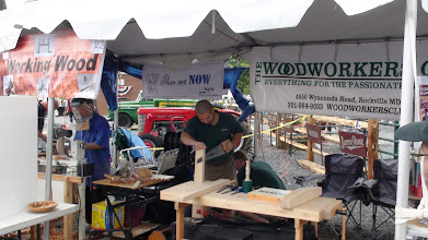 Photo: Woodworkers Club - Oscar Romero