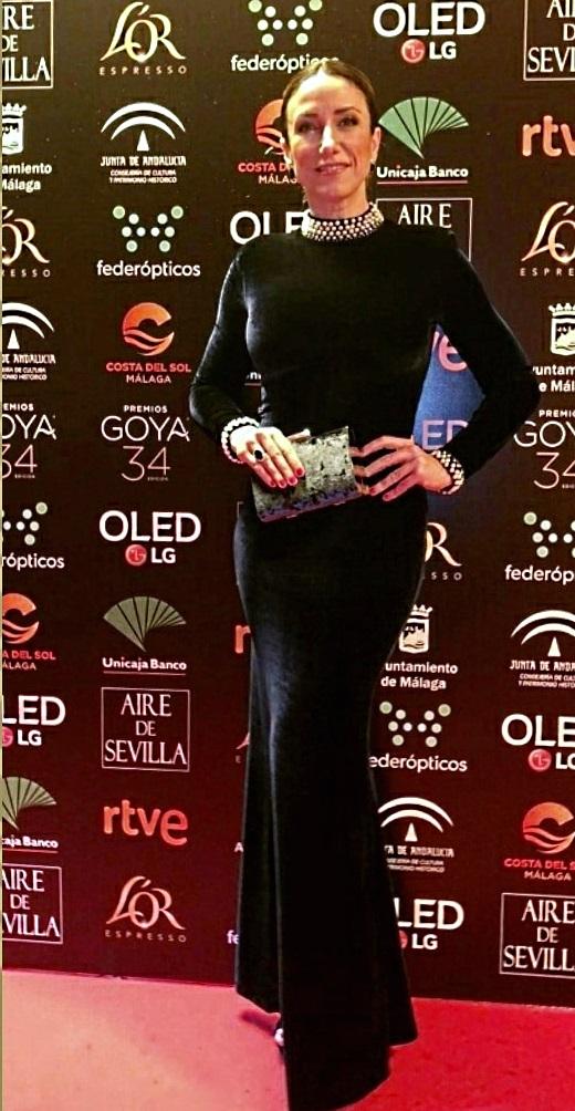 Yohana Alonso, novia del actor Antonio Velázquez, con diseño de Sergi Regal.