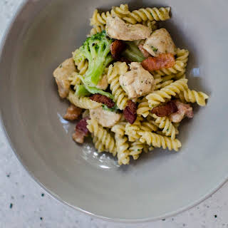 Easy Ranch Chicken Pasta with Bacon.