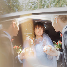 Wedding photographer Olga Smirnova (photoandlove). Photo of 19.09.2017