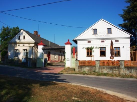 http://www.slezskygrunt.cz/images/FOTKY/exterier/P8086319.jpg