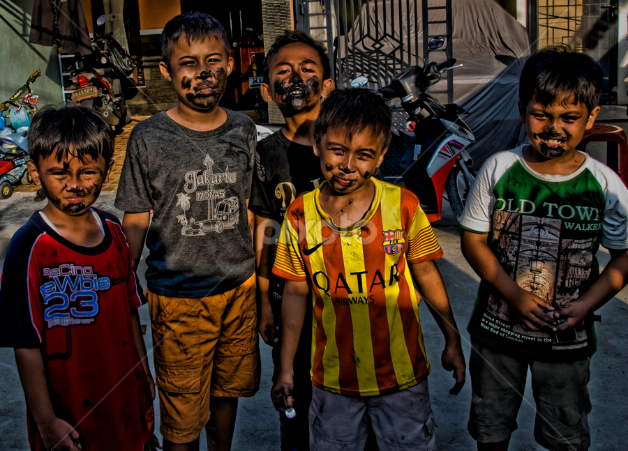 Pasukan Bodrex by Ubayoedin As Syam - Babies & Children Children Candids