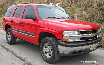Photo: Lot 27 - (2796-1/4) - 2004 Chevrolet Tahoe - 150,622 miles
