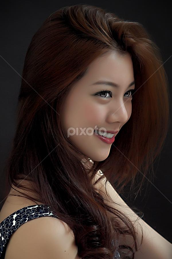 by WanUkay Perdana - People Portraits of Women ( model, talent, malaysia, free hair, chinese, kuala lumpur, olympus e620 )