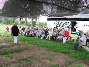 Photo: Besichtigung der Ginseng-Gärten auf der FloraFarm