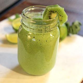 Kiwi Lime Green Smoothie - Vegan and Paleo!.