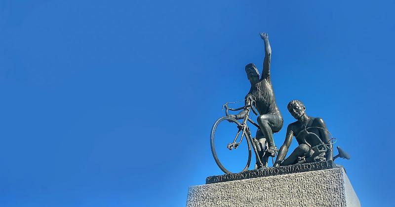 Monumento al ciclista  di annabus58