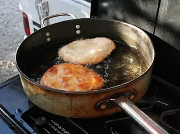 Indian Fry Bread,  Ga-do-di-tsa-la-nu-hi-a-yv-wi-ya Recipe