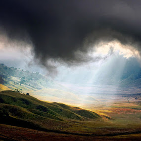 Giant clouds by F.N. Hendrawan - Landscapes Cloud Formations ( clouds, ray of lights, east jawa, tengger valley, tumpang )