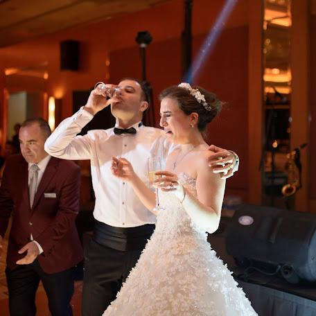 Düğün fotoğrafçısı Elif Akbay serinyel (renklikareler). Fotoğraf 08.08.2016 tarihinde