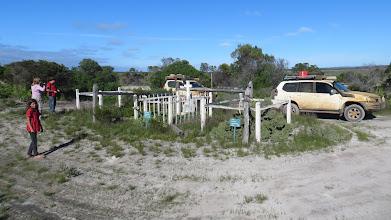 Photo: The cemetery @ Israelite Bay