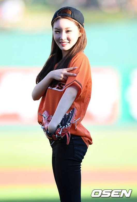 femaleidolsbaseball_3b