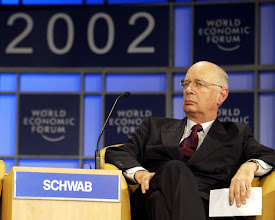 Photo: NEW YORK,4FEB02 - Closing Ceremony: Klaus Schwab listening to Kofi Annan. rst/swiss-image.ch/Photo by Remy Steinegger
