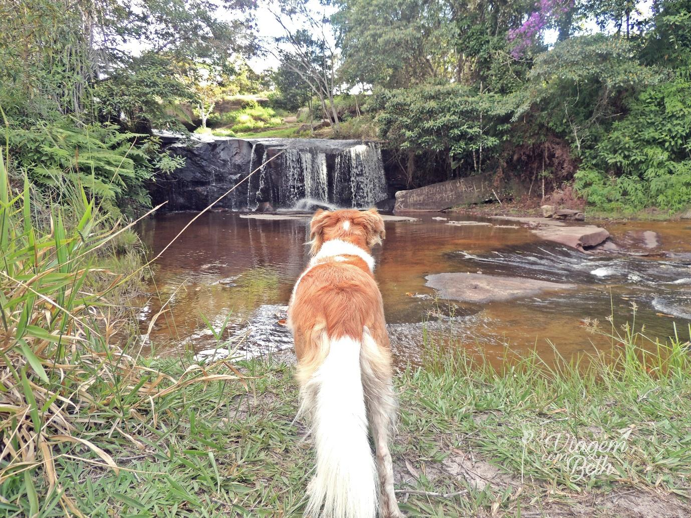 Nina na Cachoeira do Humaitá