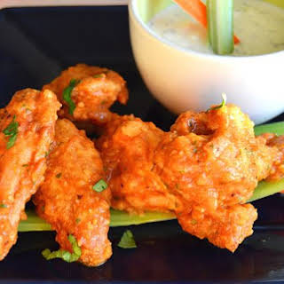 Football Party! Baked Chicken Wings!.