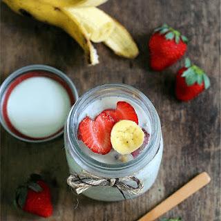 Strawberry Banana Overnight Oats.