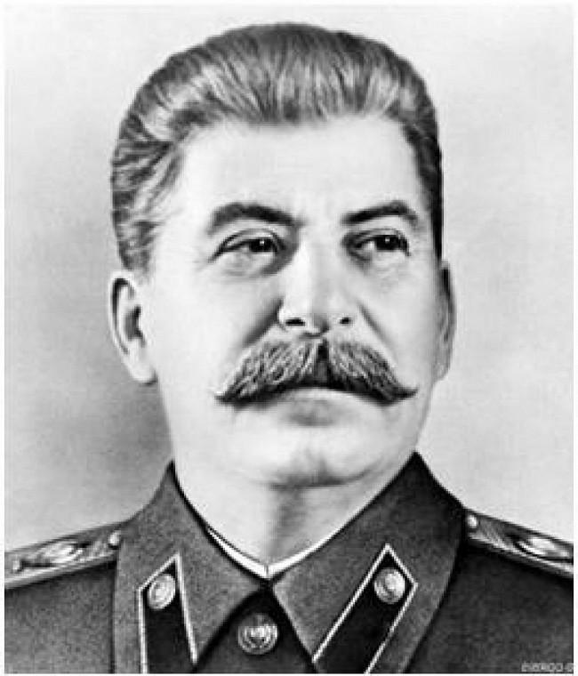 staline-biographie-courte