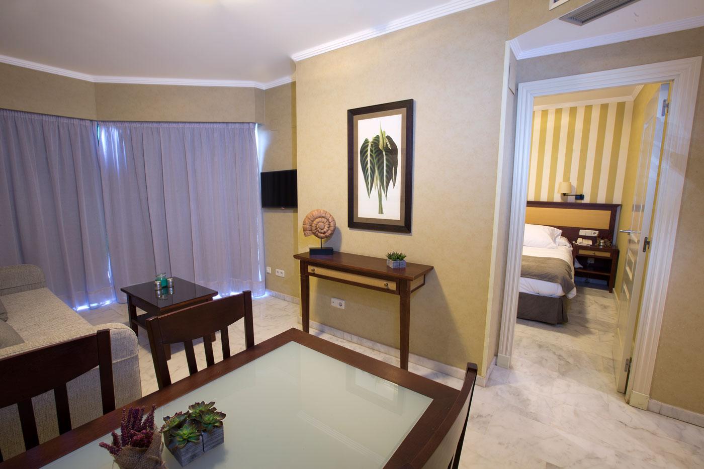 Holiday Palace habitaciones reformadas