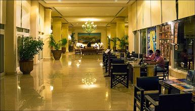 """Photo: Отель """"Шератон"""", продажа экскурсий"""