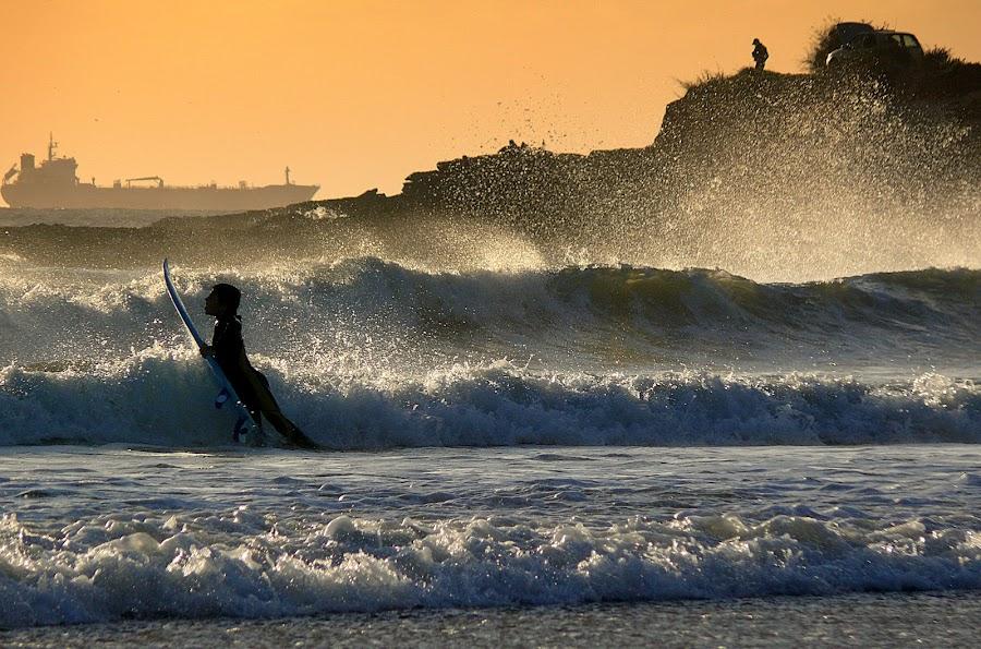 Surf by Joaquim Machado - Sports & Fitness Watersports ( surf linha lisboa portugal )