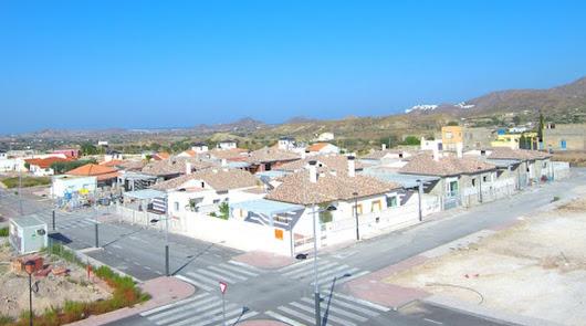 Viviendas con búnker a la venta en Tíjola: el engañoso refugio contra la covid