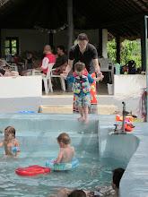 Photo: De eerste zaterdag worden we direct al uitgenodigd om te gaan zwemmen met collega's.