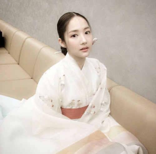7Queen of the Sun Park Min-young