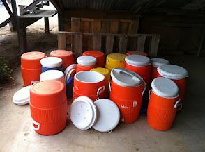 Photo: Water coolers 10 gallon orange Igloo