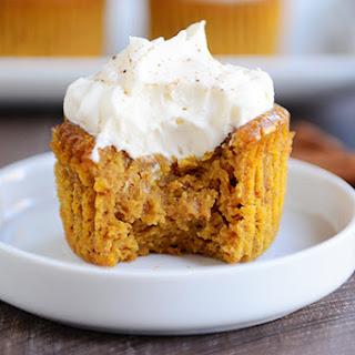 Individual Crustless Pumpkin Pie Cupcakes