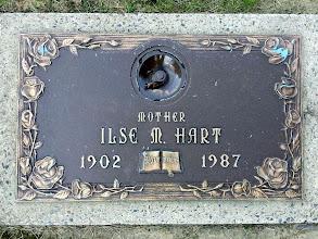 Photo: Ilse Gass Hart Gravestone