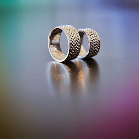Wedding rings by Costi Manolache - Wedding Details ( reflection, texture, colors, rings, bokeh )
