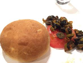 Photo: じゃがいものパンとオリーブとトマトのサラダ