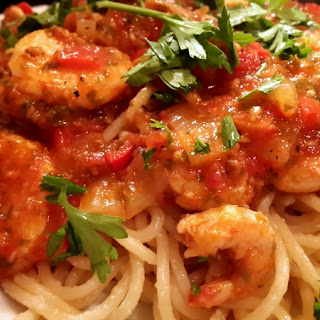 Spaghetti With Large Shrimps In Tomato Sauce